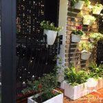 Mẫu ban công đẹp với cây và hoa chung cư Royal City