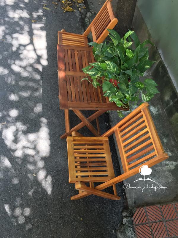 bàn ghế ban công chung cư mini