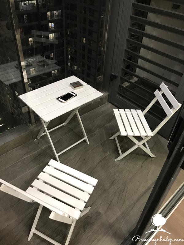 bàn ghế ban công nhỏ