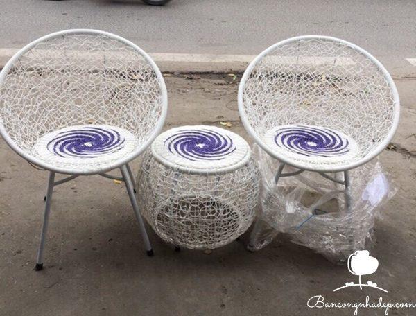 bàn ghế ban công nghệ thuật