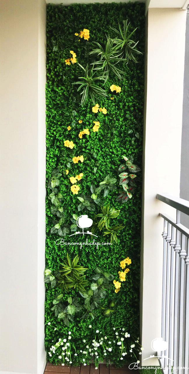 tường cỏ giả ban công