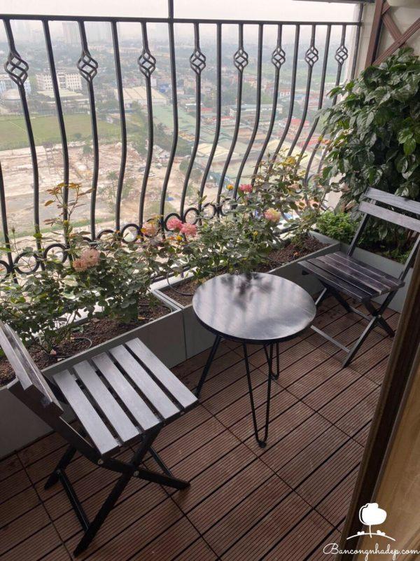 bàn ghế ban công mặt tròn