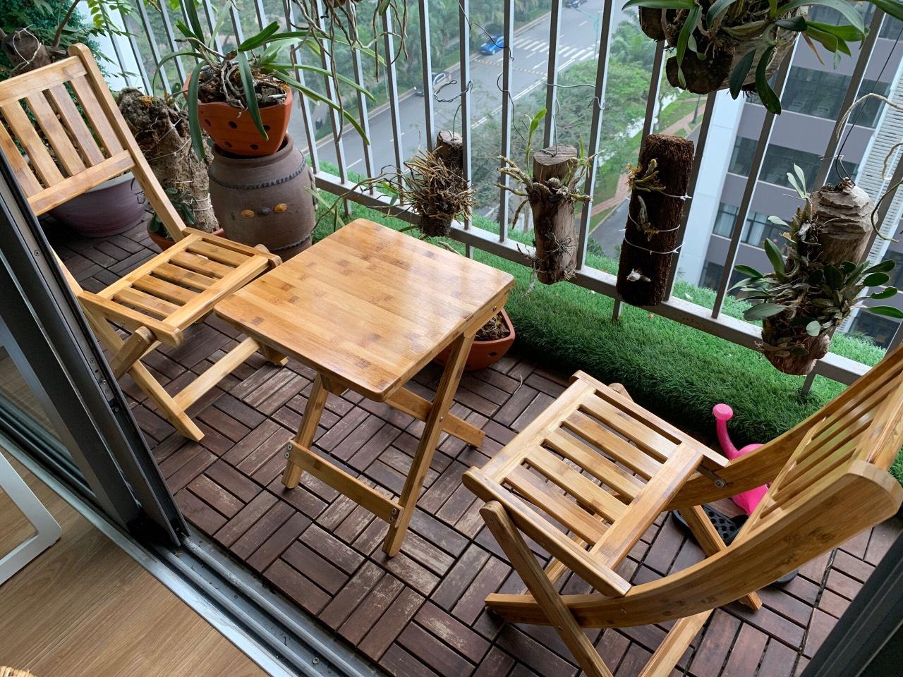 bàn ghế ban công chung cư